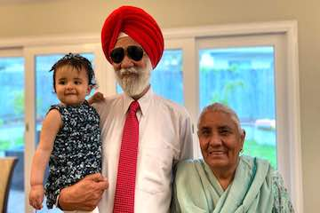 ujagar singh with grand daughter